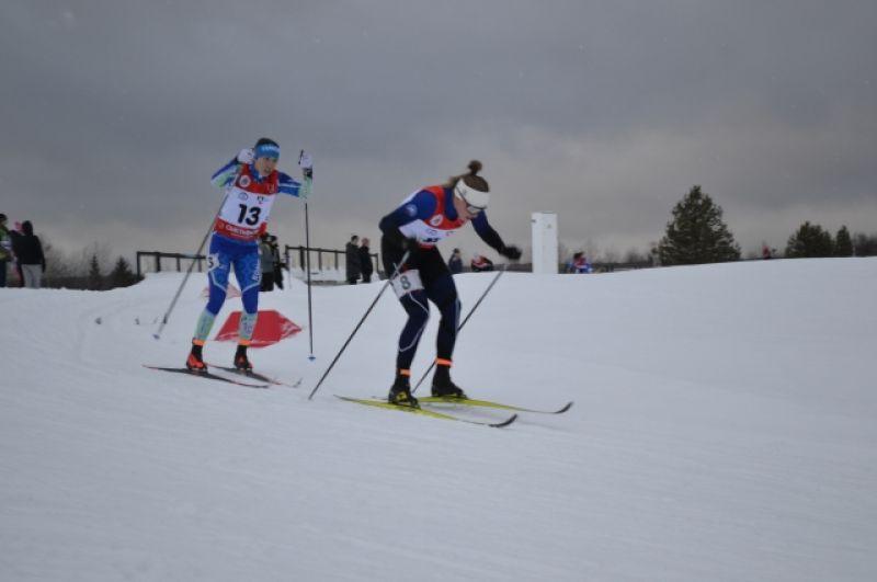 Среди женщин 27 января в дистанции на 10 километров первой к финишу пришла спортсменка сборной России по лыжным гонкам Лидия Дуркина, выступающая на чемпионате СЗФО за Санкт-Петербург.
