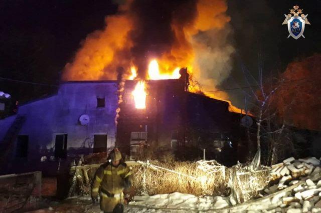 За ночь в Калининградской области в пожарах погибло два человека