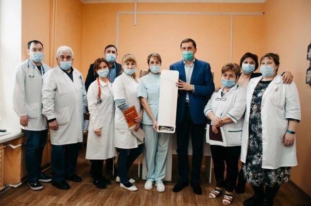 Для сельской больницы - это большая помощь