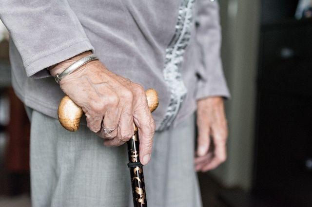 Жителей Тюмени просят поддержать постояльцев «Богадельни»