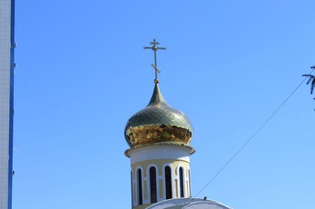 В кресте на куполе нашли записку.