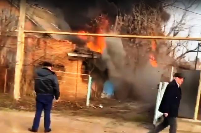 Мужчина сразу после того, как устроил пожар, спрятался в построенное накануне убежище.