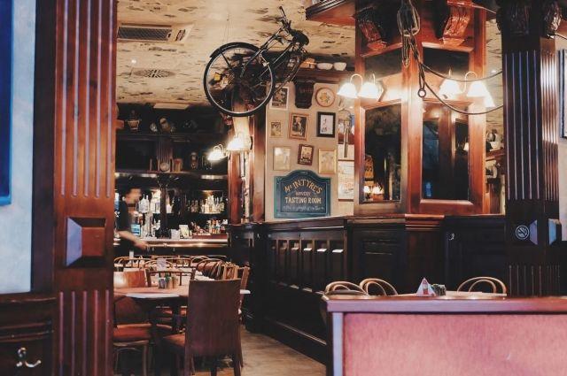 В Оренбурге суд запретил работу кафе, принимавшего посетителей ночью.