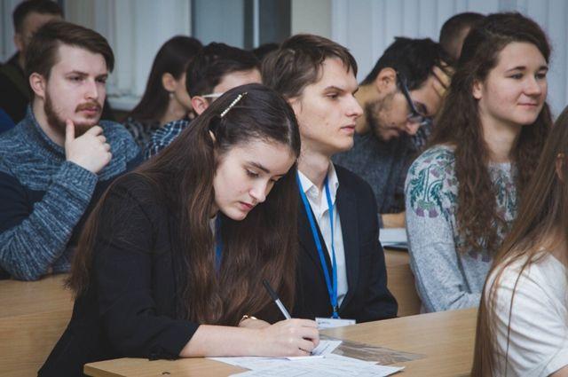 В 2021 году получателями губернаторской стипендии стали 164 студента