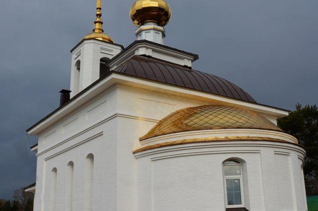 Церковь праведного Лазаря Четверодневного на кладбище Дмитрово-Черкассы.