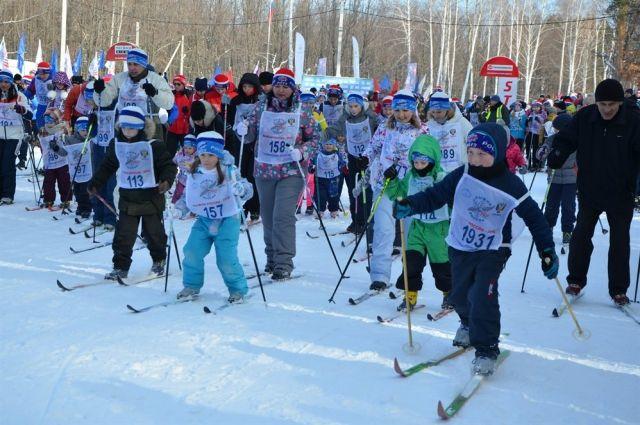 В лыжне России традиционно принимают участие около 20 000 южноуральцев.