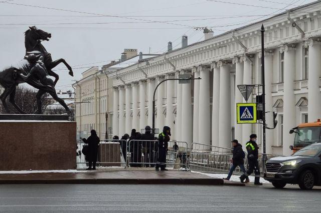 Сегодня на улицах Петербурга не было протестующих.