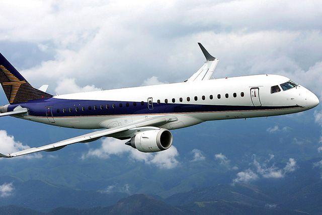 Джеты семейства Embraer считаются комфортными и низкоаварийными.