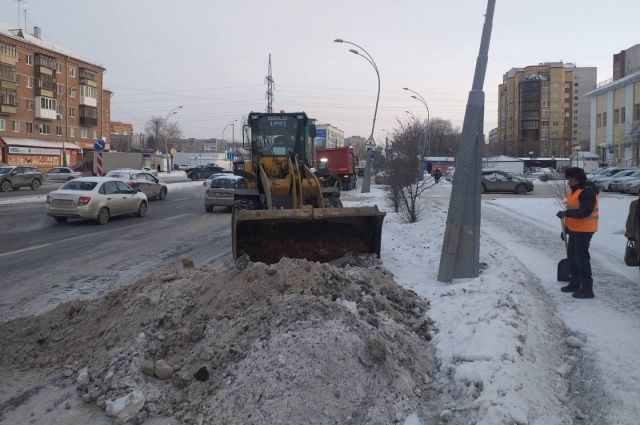 С улиц Тюмени за выходные вывезли более 32 тысяч кубометров снега