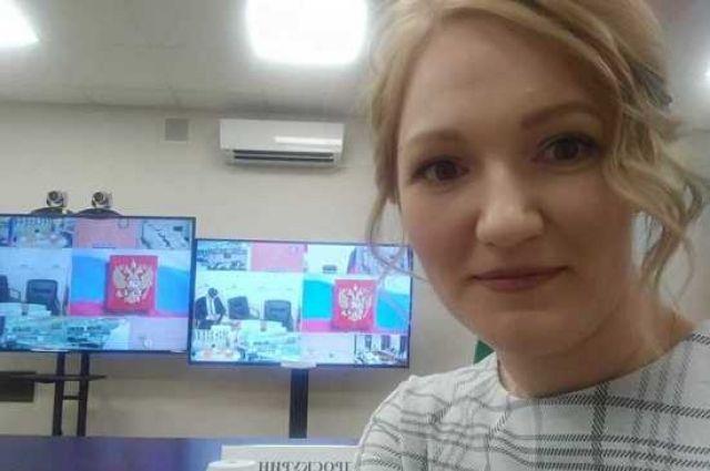 Молодая ученая из Новосибирска Анастасия Проскурина объяснила, почему пожаловалась на низкую зарплату президенту России Владимиру Путину на онлайн-встрече в честь Дня науки.