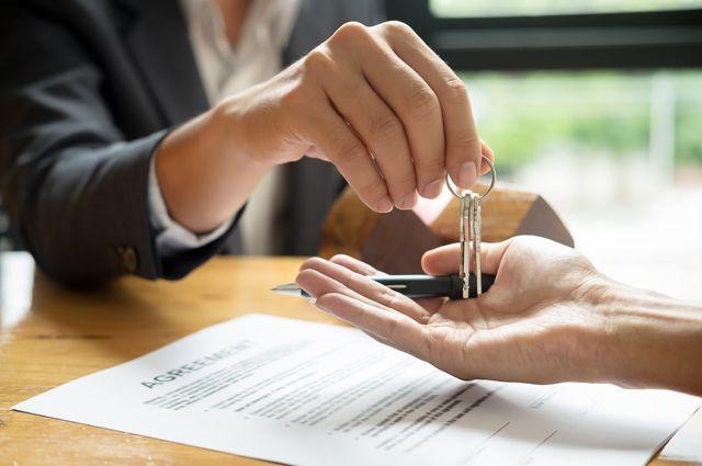 Новостройка из вторых рук. Опасности покупки квартиры по переуступке прав