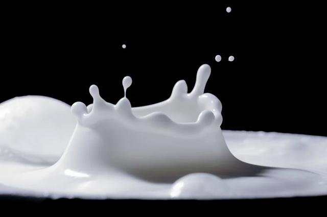 На фоне роста производство молока, снизился выпуск хлебобулочных и кондитерских изделий.