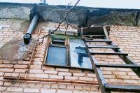 В Новосергиевском районе из-за неполного пакета документов жильцы аварийного дома не попали в программу расселения.