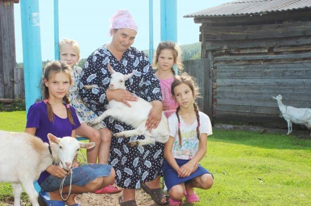 Многодетные семьи могут получить до 70 тыс. рублей на развитие ЛПХ.