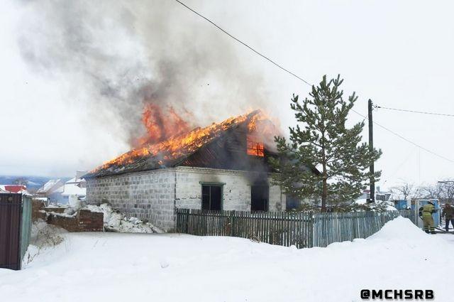 Прокуратура Башкирии проверит факт пожара, где погибли двое детей