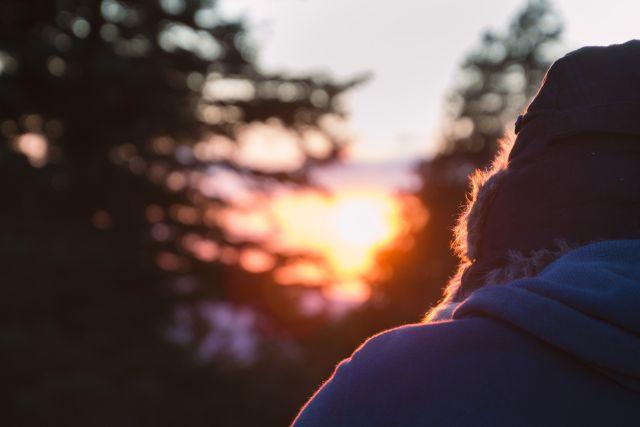 Избыток адреналина может вызвать сужение мелких артерий.