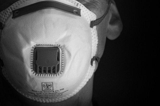 В указ о снятии ограничений в Удмуртии не внесли пункт об отмене масок