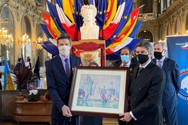 Украина передала Франции картину, которую похитили из музея в Нанси.