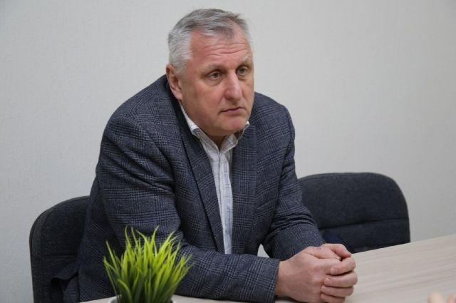 По словам Дмитрия Микитченко, с начала пандемии в Новосибирской области закрылось более 200 турфирм.