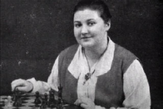Вера Менчик.