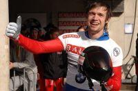 В паре с москвичкой Е. Никитиной он выиграл бронзу.