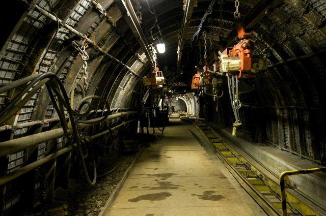 Сейчас шахта работает в штатном режиме.