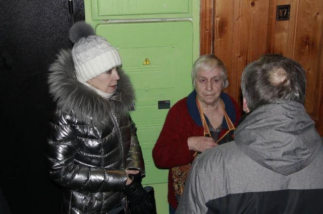Лариса Ушакова с жителями Ростова.