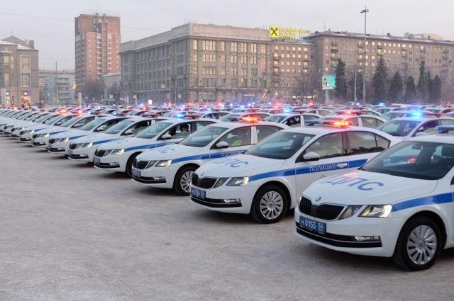 Госавтоинспекция Новосибирска приглашает кандидатов на должность инспекторов дорожно-патрульной службы. Открыто несколько вакансий.