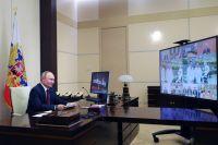 Президент РФ Владимир Путин проводит заседание Совета по науке и образованию в режиме видеоконференции.