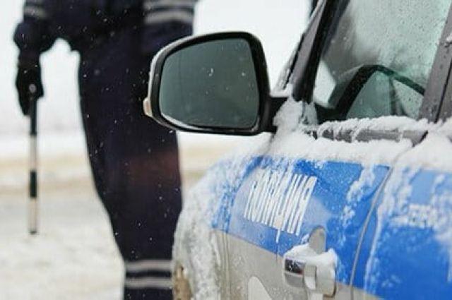 Экипажи ДПС будут оказывать помощь пешеходам и водителям и при необходимости осуществлять ручное регулирование.