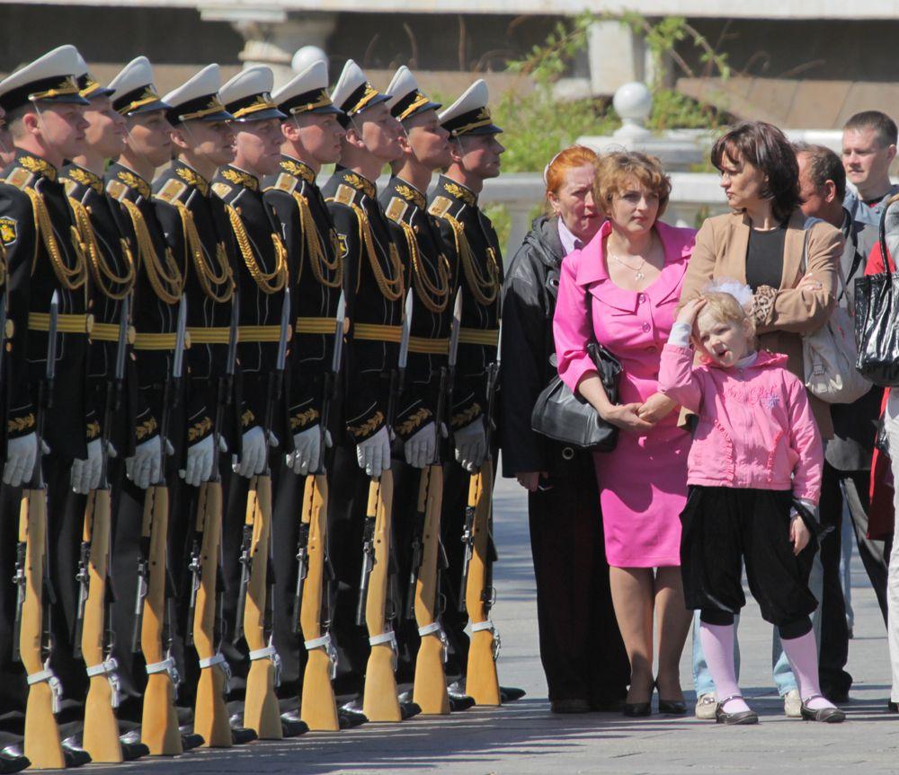 Почетный караул отдельного комендантского полка на церемонии увольнения в запас, 2011 г.