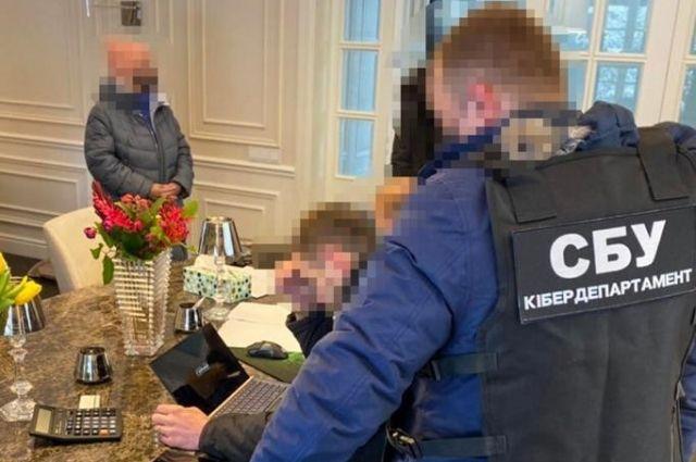 СБУ разоблачила группу хакеров, которые совершали кибератаки в Европе и США.