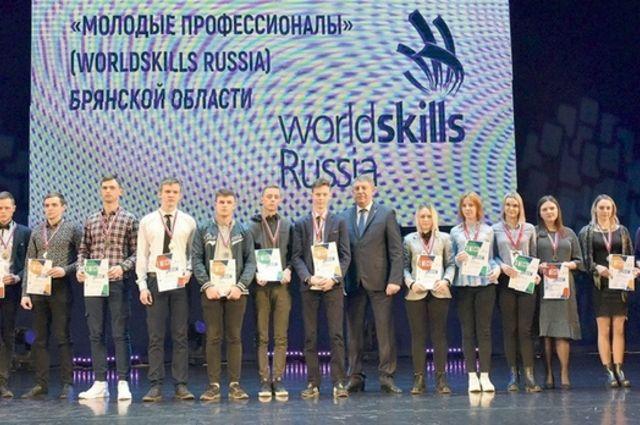 Среди участников - конкурсанты не только из Брянской области, но также из Ямало-Ненецкого автономного округа и Республики Татарстан.
