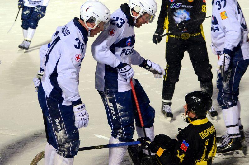 Но кировцы наших хоккеистов «простили».