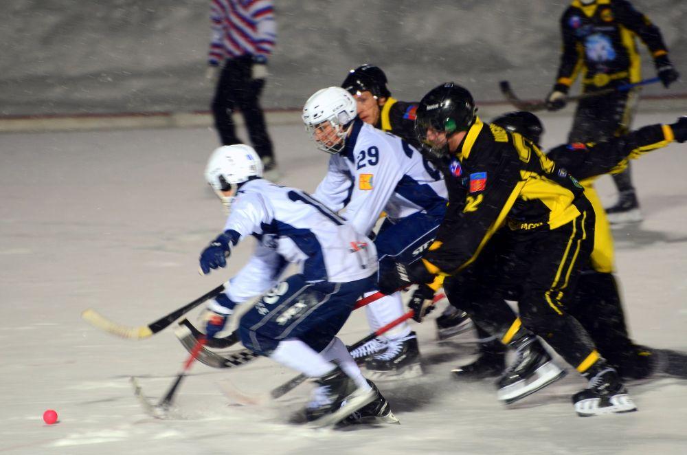 Хоккеисты из Кирова атаковали внушительнее, ярче, мощнее.