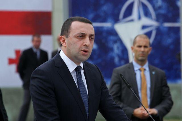 Правящая партия Грузии выдвинула в премьеры министра обороны