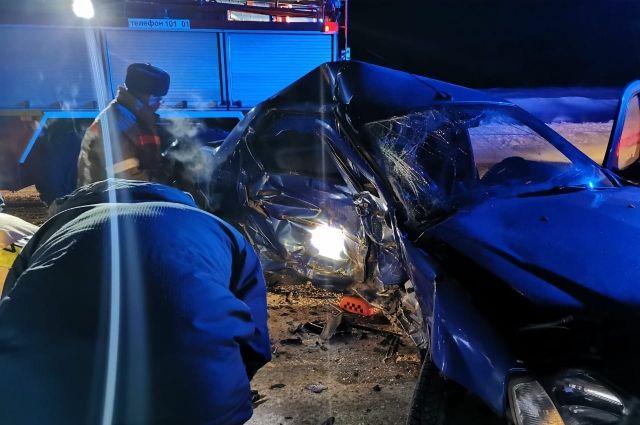 При столкновении двух иномарок на трассе «Игра-Глазов» погибла женщина