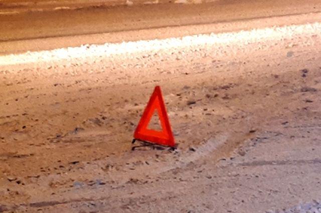Видеорегистратор в автомобиле снял дтп в Оренбуржье.