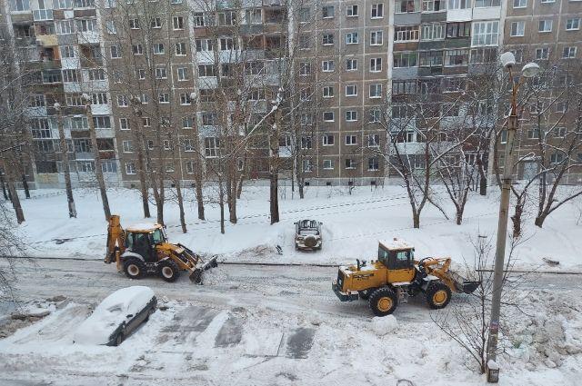 В МВД Удмуртии опровергли новость об аресте тракториста, похитившего снег