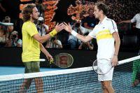 Даниил Медведев (справа) после победы вполуфинальном матче Открытого чемпионата Австралии-2021 (Australian Open-2021) над Стефаносом Циципасом.