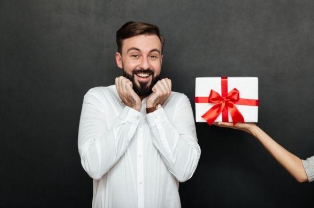 Ламеллярная органическая косметика для мужчин ARTONIX — отличный вариант подарка для ваших защитников на 23 февраля.