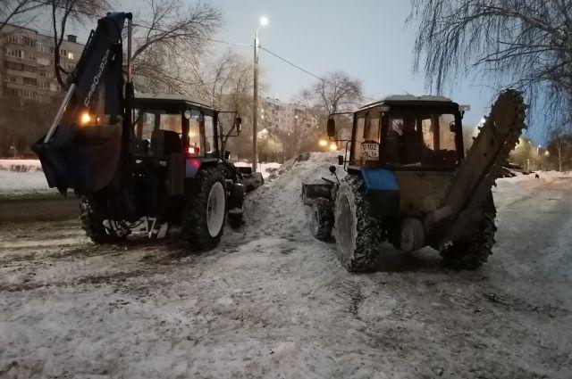 В Бузулуке с вечера перекроют одну из дорог для вывоза снега.
