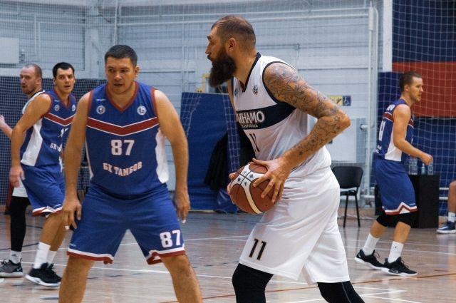 Ставропольские баскетболисты отобрали очки у лидера суперлиги