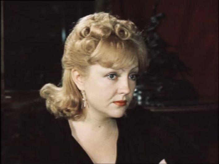 Екатерина Градова в фильме «Место встречи изменить нельзя», 1979 г.