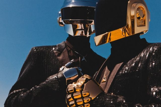Знаменитый электронный дуэт Daft Punk распался