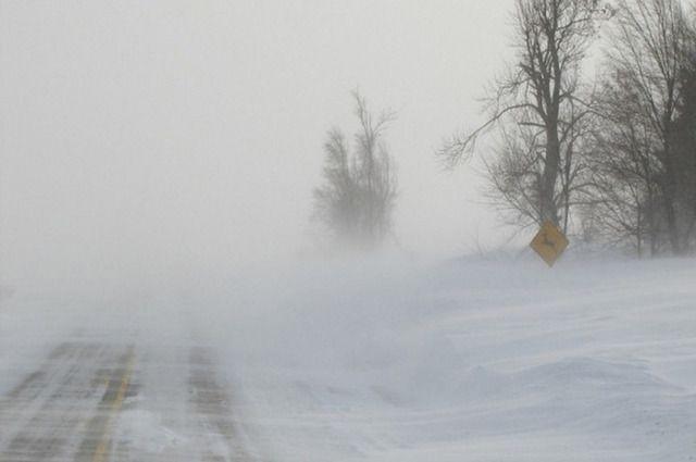 На юге Челябинской области из-за метели ухудшилась видимость на трассах