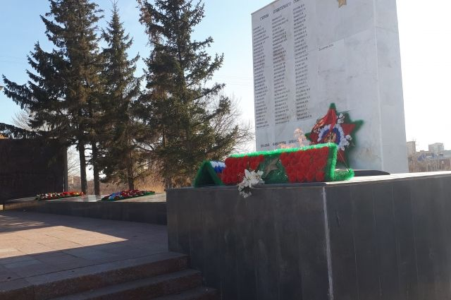 Александр Моор: «Мы отдаем дань уважения подвигу защитников Родины»