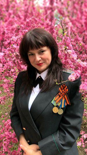 Юлия Янова