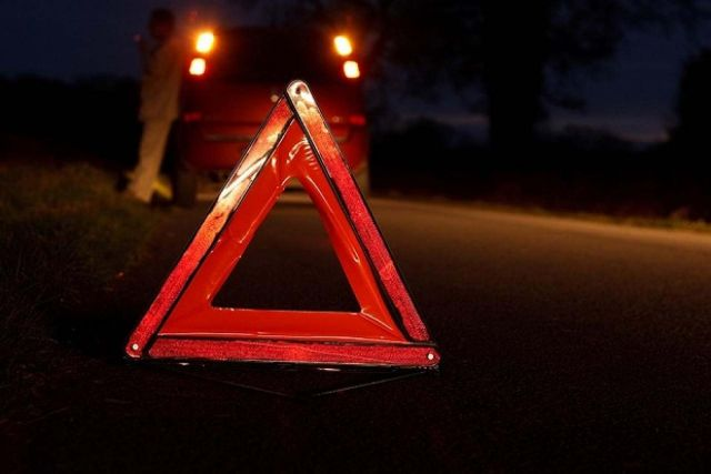 Водитель резко остановился и спровоцировал аварию