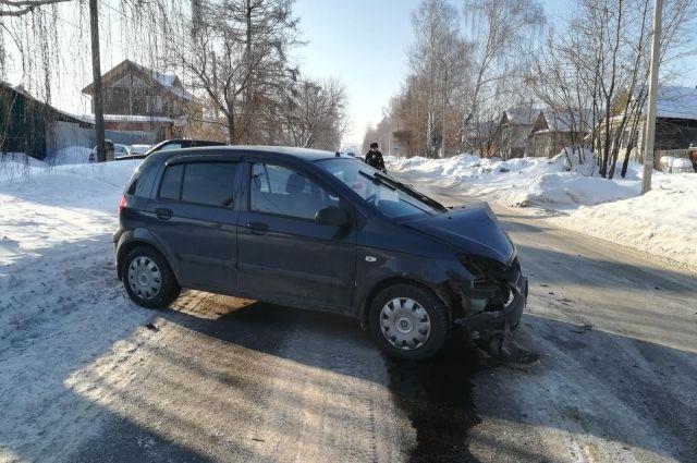 Две девочки получили травмы в ДТП по вине автомобилистки в Воткинске